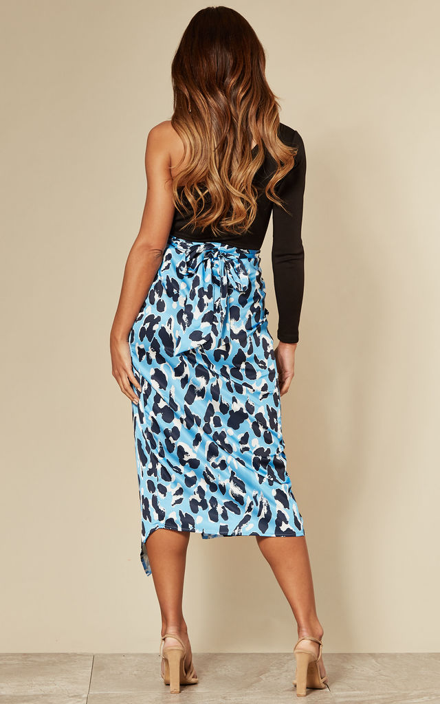 Blue leopard print maxi wrap skirt with belt by D.Anna