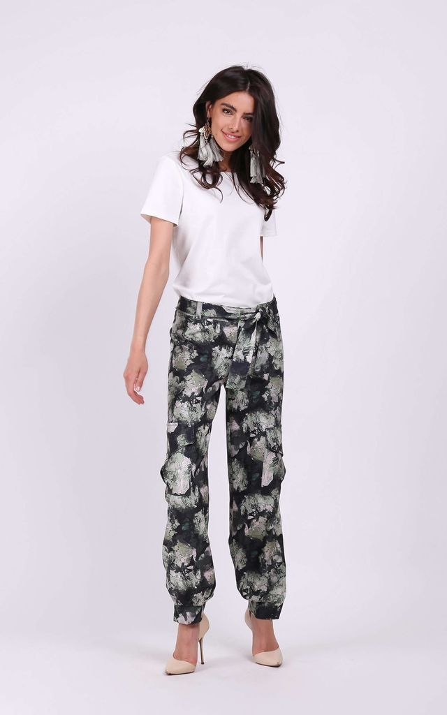 Trousers with Pockets Tied at Waist in Green Pattern by By Ooh La La