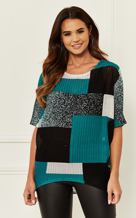 Colour Block Knitted Top In Green by Bella and Blue Product photo