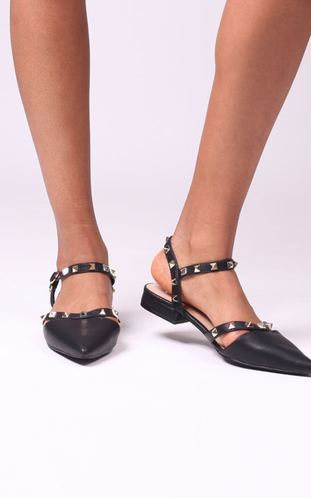 Vision Black Nappa Studded Pumps With Pointed Toe by Linzi