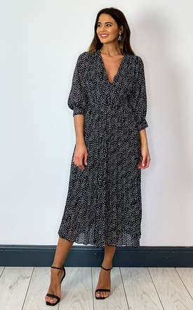 Midi Dress With V Neck And Pleats In Black And White Ditsy Polka Dot by Bella and Blue Product photo