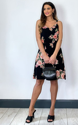 Sleeveless Dress with V neck in Black Floral by ONLY