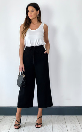 Culotte Trousers With High Waist In Black by Pieces Product photo