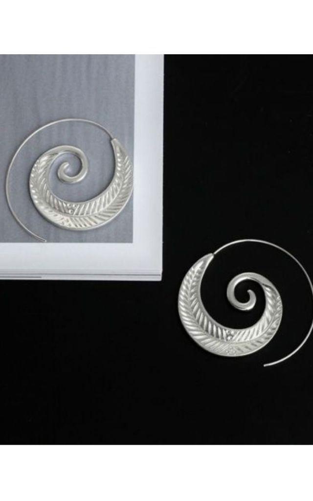 Sun In The Sands Slide Through Earrings in Silver by GIGILAND
