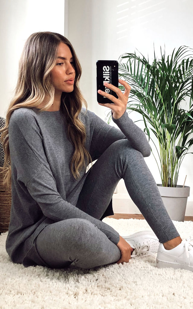 Loungewear Co-Ord In Grey | Leggings & Top by KURT MULLER