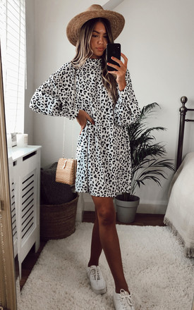 Exclusive Fifi Smock Dress White Leopard by Pretty Lavish Product photo