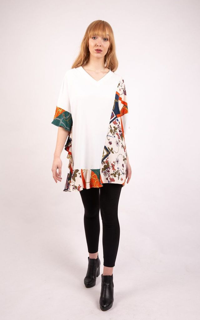 V Neck Oversized Top with FLORAL AND CHAIN CONTRAST PRINT IN WHITE by LOES House