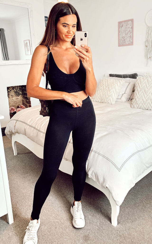 Cotton Leggings in Black by Pieces