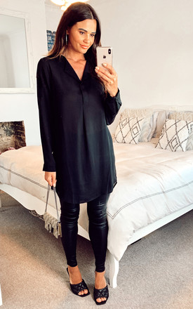 Longline Collarless Blouse In Black by VILA Product photo