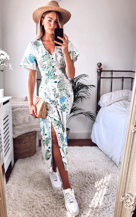 V Neck Botanical Leaf Print Maxi Dress With Smock Waist by D.Anna Product photo