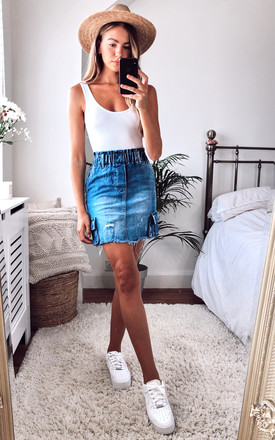 MID BLUE ELASTICATED DENIM POCKET MINI SKIRT by Off The Railz