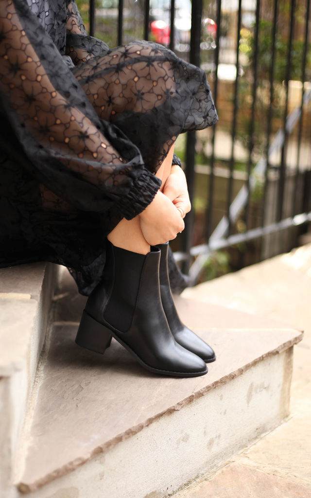Kay Black Nappa Chelsea Boots With Stacked Block Heel by Linzi