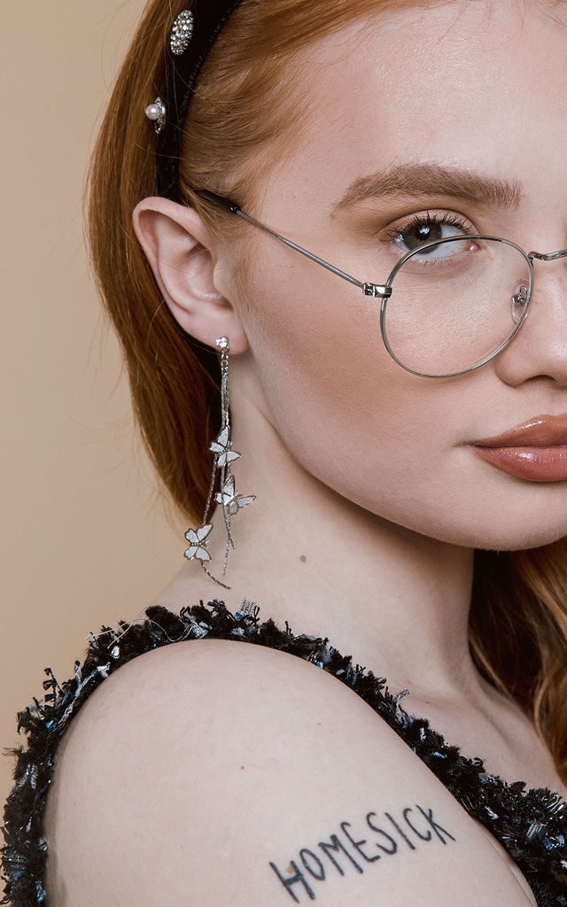 Thin Metal Frame Oval Frame Fashion Glasses by Sugar + Style