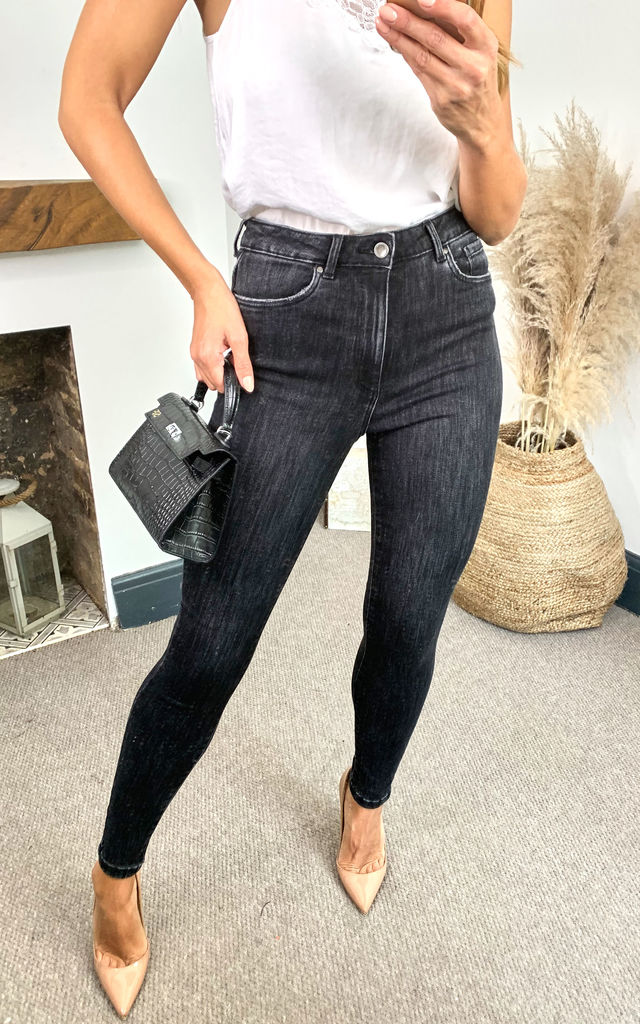 High Waist Skinny Jeans in Washed Black by VM