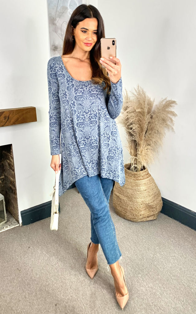 Multi Grey Damask Hanky Hem Top by Izabel London