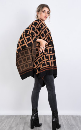 Geometric Print Knitted Reversible Blanket Cape in Black by LOES House