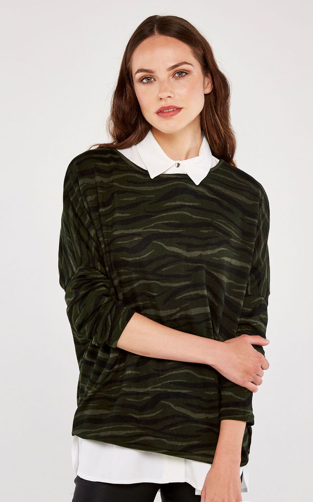 Green Animal Print Oversize Top by APRICOT