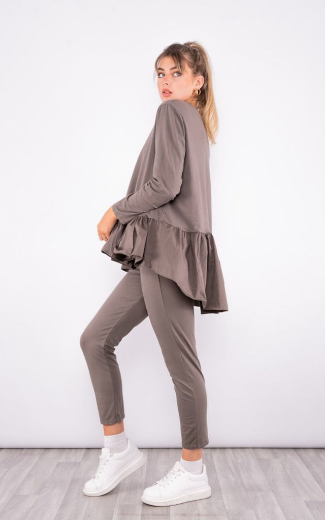 soft knitted RuffLe Hem loungewear set in Taupe by LOES House
