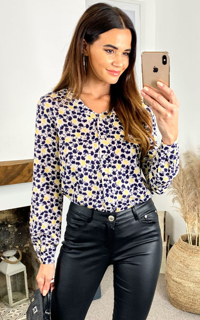 Stella printed blouse (yellow & black) by Fever London