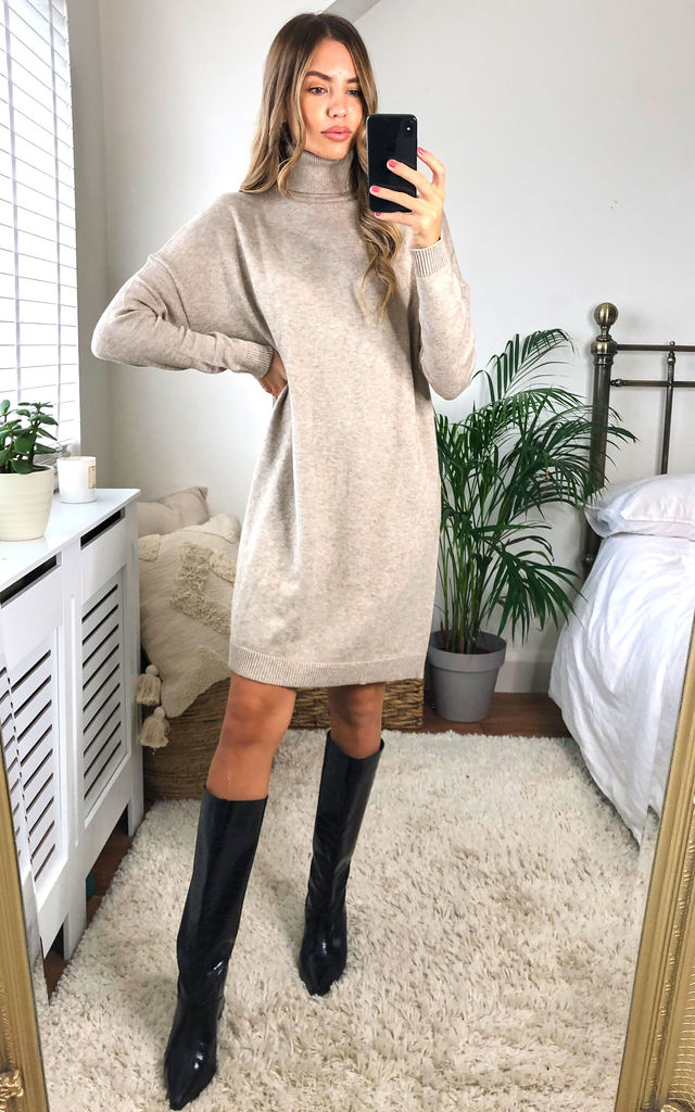Knitted Tunic with Rollneck in Beige by VILA