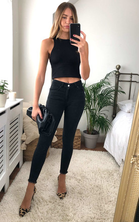 Black Mid Waist Cropped Skinny Jean With Raw Hem by Pieces Product photo
