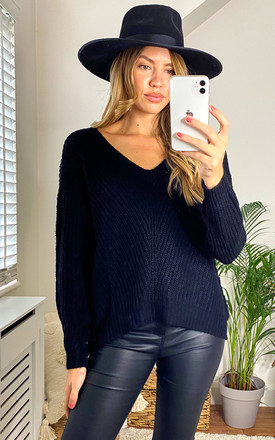 Ribbed V Neck Jumper In Black by JDY Product photo