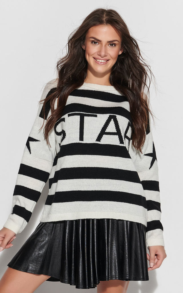 White-Black Sweater with Star Motif by Makadamia