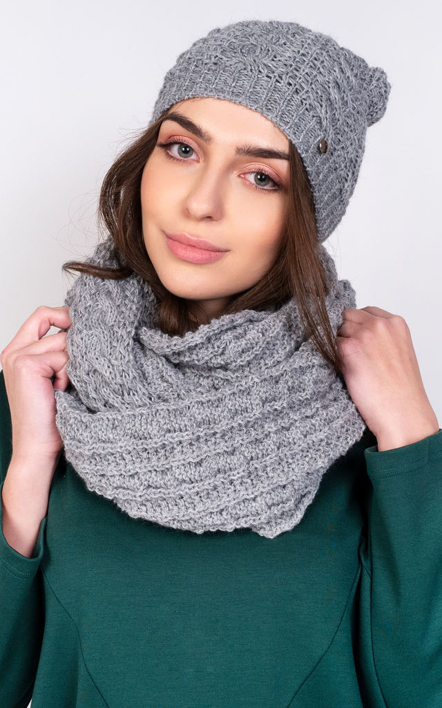 Winter Set Hat and Snood in Grey by Lanti