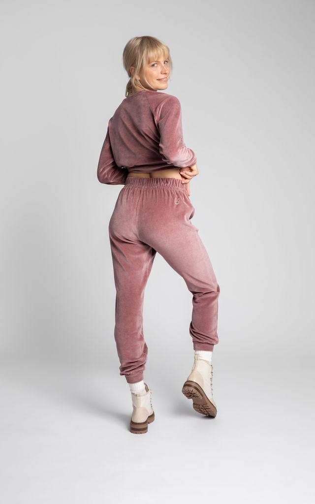 Cozy Velvet Joggers in Dirty Pink by MOE