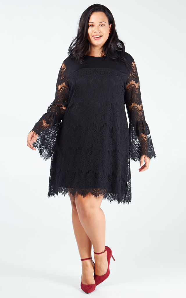 LUCIANA CURVE BELL SLEEVE LACE DRESS by Blue Vanilla
