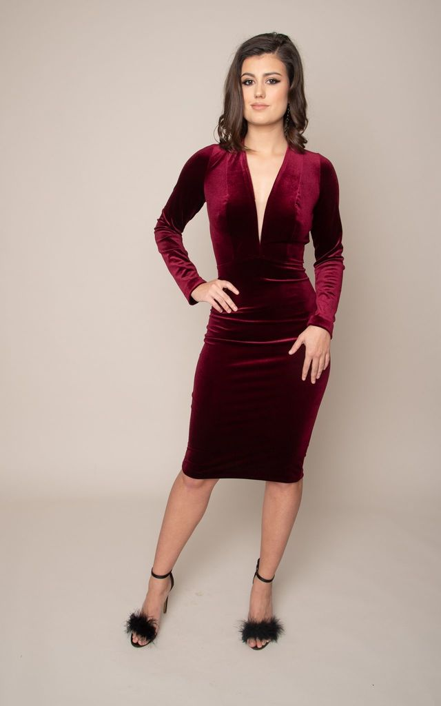 Blackless V neck sexy red velvet dress with sleeves by Valdenize Soares