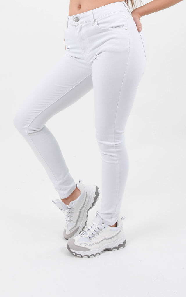 White Stretch Skinny Jean by Boutique Store
