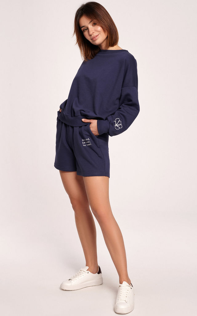 Shorts with Embroidery and Pockets in Navy Blue by MOE