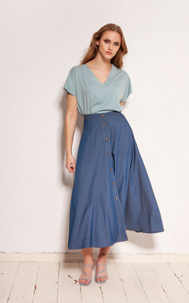 Maxi Flared Skirt Fastened with Buttons in Navy Blue by Lanti