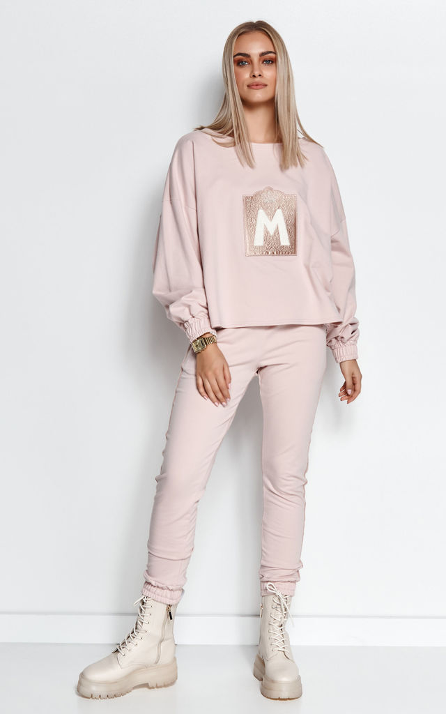 Chic Tracksuit with Decorative Patch in Powder Pink by Makadamia