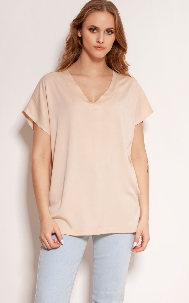 Elegant Viscose T-Shirt with V-Neck in Beige by Lanti